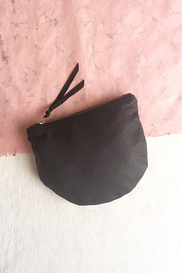 Slouch Clutch Bag | Leather | Black